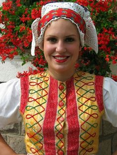 Slovakia - Lipt.Sliače Folk Costume, Costumes, Brain Activities, Traditional Outfits, The Incredibles, Pattern, Beautiful, Women, Fashion
