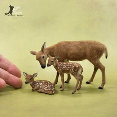 Dollhouse Miniature 1:12 scale whitetail doe & fawns. OOAK sculpture of BeeSputty clay, wire, paints & alpaca fiber.