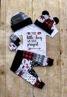 Bear Boys Coming Home Outfit, Buffalo plaid For This Little Boy Prayed Baby Bear Boy Outfit, Take Home Newborn Outfit, Boy Layette Hat Set – Baby Clothes Newborn Boy Clothes, Cute Baby Clothes, Baby Boy Newborn, Little Boys Clothes, Carters Baby, Baby Outfits, Newborn Outfits, Baby Bear Outfit, Little Boy Outfits