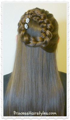 Side Braided Wreath Or Halo Braid Hairstyle – Frisuren Boxer Braids Hairstyles, Braided Hairstyles For School, Wedge Hairstyles, Cool Braid Hairstyles, Braided Hairstyles For Wedding, Teen Hairstyles, African Hairstyles, Hairstyle Braid, Elegance Hair