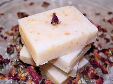 All Natural Rose Soap This soap is made with homemade Rose essential oil and Ro Home Health Remedies, Rose Soap, Rose Essential Oil, Lotion Bars, Beauty Recipe, Diy Skin Care, Home Made Soap, Natural Treatments, Natural Healing