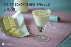 Heute gibt es wieder einen neuen Likör aus unserer Likörreihe. Der Weiße Schokolade-Vanille-Likör ist aber auch wirklich suuuuper lecker. Man kann ihn übrigens auch über Apfelstrudel oder Eis gießen, also (…) Weiterlesen