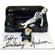 Get #birthdaycakedeliveryinfaridabadspecially for boys from http://yummycake.in/product-category/birthday-cake/