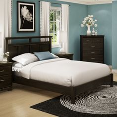 Shop South Shore Furniture  Versa Queen Panel Bed at Lowe's Canada. Find our selection of beds at the lowest price guaranteed with price match + 10% off.