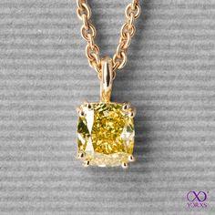 stunning yellow diamond necklace - we wish the wearer a great time #yorxs #diamant #kette #kürzlichgekauft