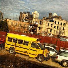 """@webstash's photo: """"#neighbourhood #schoolbus #bus #visitusa #newjersey #nj #yellow #yellowmonday #popyacolour #icatch"""""""