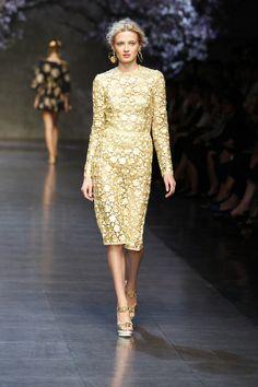 Dolce  amp  Gabbana Gallery Passerella Sfilata Donna – Estate 2014 Runway  Fashion 607440c36ad