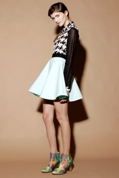 Stylestalker Mint Green Bombshell Circle Skater Skirt http://thriftedandmodern.com/style-stalker-bombshell-circle-skirt-mint