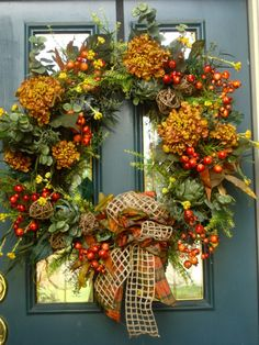 GORGEOUS fall wreath my friend Elyce made!!!
