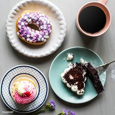 Donut Bakery Sweets Dessert Break Time ,Cake Donut Bakery Sweets Dessert Break Time , Mariscada – Portuguese Seafood Rice by Chef Luisa Fernandes Donut Recipes, Cake Recipes, Toffee Bars, Cake Images, Food Menu, Donuts, Bakery, Food And Drink, Blog