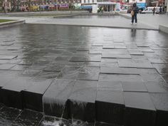 General Gordon Square Water Feature