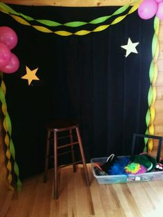 New party decoracion disco photo booths 58 ideas Dance Party Kids, Dance Party Birthday, Neon Birthday, 13th Birthday Parties, Slumber Parties, Golden Birthday, 10th Birthday, Birthday Ideas, Blacklight Party
