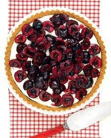 fresh cherry tart with graham cracker crust and cream cheese