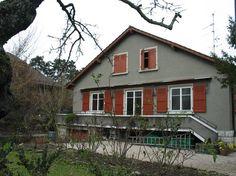 Rte du Pont-Butin 63 Villa, Cabin, House Styles, Home Decor, Decoration Home, Room Decor, Cottage, Villas, Interior Decorating