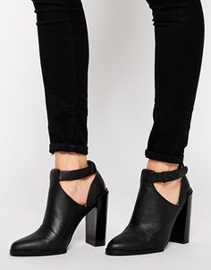 Senso Sienna II Black Ankle Strap Cut Out Boots