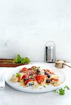 ravioli met ricotta en aubergine | delicious.magazine