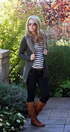 Stylish winter outfits ideas with boots and jeans 20