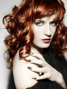 I do love Florence Welch's unique look. And gorgeous red hair! 70s Glam, Fashion Idol, Florence Welch, Natural Redhead, Ginger Girls, Pretty Hairstyles, New Hair, Redheads, Style Icons