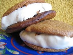 GAPS Diet Recipe - Gingerbread Whoopie Pie with Peppermint Creme Filling
