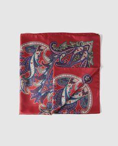 Pañuelo rojo con estampado cachemir