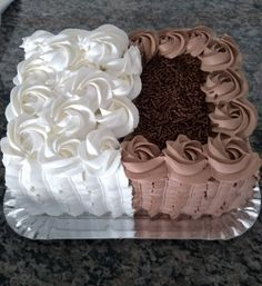Easy Cake Decorating, Cake Decorating Techniques, Square Cakes, Chocolate Cake, Biscuit, Desserts, Food, Tasty Food Recipes, Baby Dolls