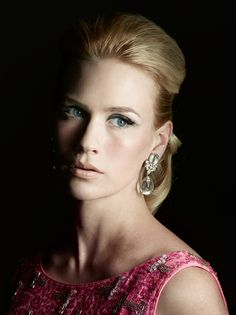Betty Draper (January Jones) in Mad Men