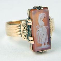 Circa 1890's Victorian Ring 14kt Rose Gold & Hardstone Cameo Sardonyx Size 6 1/4