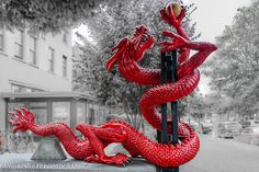 Red Dragon Sculpture by dschultz742, via Flickr