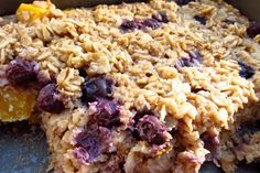 healthy baked oatmeal-no sugar or butter. yogurt & honey & it's delish! Brunch Recipes, Breakfast Recipes, Nutritious Breakfast, Breakfast Bars, Breakfast Ideas, Baked Oatmeal Recipes, Healthy Baking, Healthy Food, Healthy Recipes