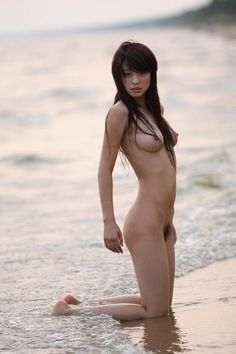"""Chinese nude model 关薇绮 """"兴凯风情"""" Guan Wei Yee leaked naked sexy"""