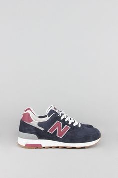 Crafted in the USA from rich materials, the Heritage 1400 men's sneaker features a suede/mesh upper for the classic New Balance look. - Product Code: M1400CU - Color: Navy / Burgundy - Material: Mesh