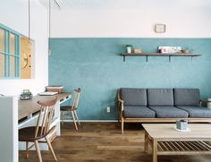 """家づくりを楽しもう"" 住まいの写真で人をつなぐ新感覚ソーシャルネットワーク I love the colour of the wall and the… Apartment Interior, Living Dining Room, Room Decor, Living Room Decor, Home Living Room, Interior, Interior Walls, Japan Interior, Room Interior"
