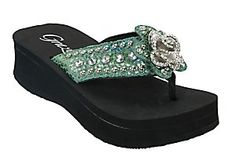 Grazie� Ladies Solstice Turquoise Snake Print w/ Rose Concho Rhinestone Flip Flops