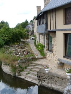 Waterside house, Ducey, France