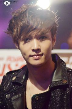 Lay ^^ Woah! that' dimple. It get's me everytime! XD