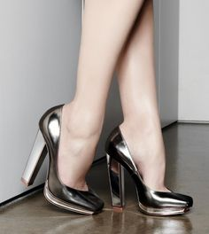 Step It Up: Yves Saint Laurent Mirror Heel Pump