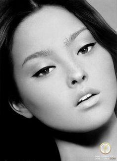 Devon Aoki - Photo - Fashion Model