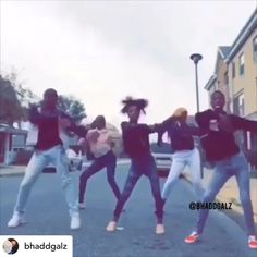 Dance Choreography Videos, Dance Music Videos, Music Mood, Mood Songs, Funny Video Memes, Funny Relatable Memes, Best Twerk Video, Funny Dancing Gif, Freaky Relationship Goals Videos