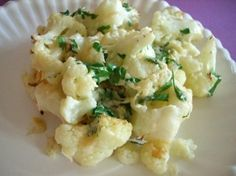 Parmesan roasted cauliflower, Biggest Loser recipe.1 1/2 cups cauliflower 2 tsp Parm 1 tsp parsley 1/4 tsp garlic powder 1/4 tsp pepper Salt 1 tsp evoo 425F. cauliflower, cheese, parsley, garlic powder and pepper. Season to taste with salt. Drizzle on the oil and toss again. Bake 15 to 17 mins, tossing once. 3 half-cup servings.