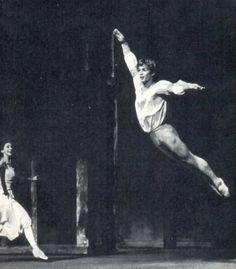 Rudolf Nureyev & Margot Fonteyn. S)