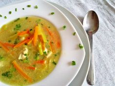 zupa-tajska-z-kurczakiem-i-cukinia Thai Red Curry, Ethnic Recipes, Food, Essen, Meals, Yemek, Eten