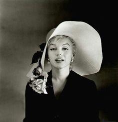 Marilyn Monroe by Carl Perutz ° 1958