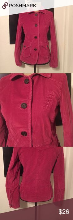 """GAP Raspberry Corduroy Blazer EUC size 6 in a pretty raspberry color sleeves are 24"""" it measures 22"""" from shoulder to hem it measures 17.5"""" flat armpit to armpit. It is gap stretch it is 83% cotton 16%poly and 1% spandex it has all the extra buttons attached inside and has a pretty floral patterned lining and patch elbows I don't think my daughter ever wore it GAP Jackets & Coats Blazers"""