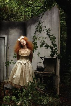 little girl & boy lost     American Vogue - December 2009  Photographer - Annie Leibovitz  Fashion Editor - Grace Coddington