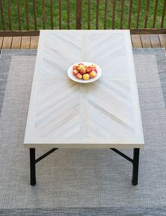 Today, I am sooooo excited to share our DIY Outdoor Dining Table Top Build! Check it out and get the building plans. Today, I am sooooo excited to share our DIY Outdoor Dining Table Top Build! Check it out and get the building plans. Diy Table Top, Diy Dining Table, Patio Dining, Diy Furniture Table, Rustic Furniture, Furniture Design, Modern Furniture, Outdoor Furniture, Futuristic Furniture