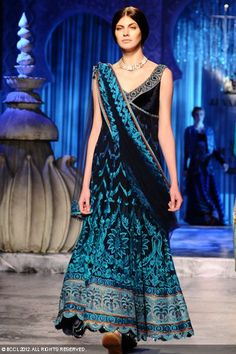 JJ Valaya PCJ Delhi Couture Week August 08, 2012