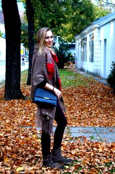 Enjoying a beautiful autumn day between orange leaves in Vienna! My Model Sophie is wearing a cozy fall-outfit with strong colors Cozy Fall Outfits, Orange Leaf, Autumn Day, Models, Vienna, My Outfit, Satchel, Strong, Leaves