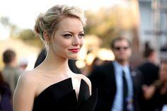 Emma Stone Photo - 2012 MTV Movie Awards - Red Carpet