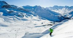 Passe avec ta famille des vacances d'hiver à Ischgl !  Avec cet offre de vacances vous passez 7 nuits au hôtel 3/4 étoiles au centre d'Ischgl. Le prix à partir de 1'990.- comprend le petit-déjeuner ainsi que le forfait de ski pour 5 jours.  Tu peux réserver tes vacances d'hiver ici: http://www.besoin-de-vacances.ch/reserve-vacances-dhiver-famille-a-ischgl/