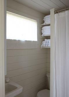 vakantiehuisje-kleine-badkamer